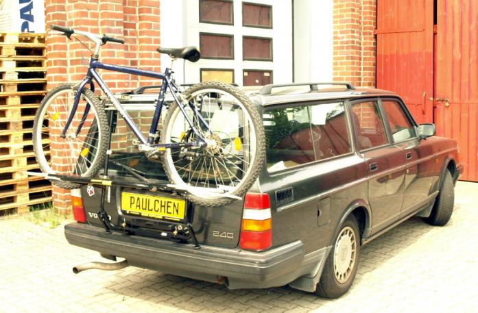 Volvo 240 / 260 Combi Bike carrier loaded with bike