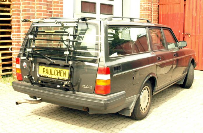 Volvo 240 / 260 Combi Bike carrier in standby position