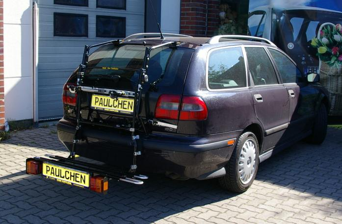 Volvo V 40 Combi Bike carrier with comfort load extension in loading position. Without trailer hitch!