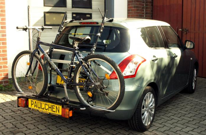 Suzuki Swift IV Bike carrier with comfort load extension and loaded bike. Without trailer hitch!