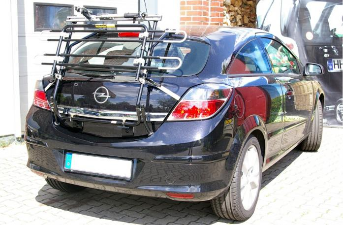 Opel Astra H Schrägheck GTC Bike carrier in standby position