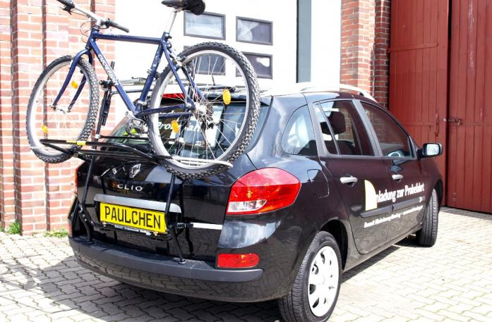 Renault Clio 3 Grandtour (R) Bike carrier loaded with bike