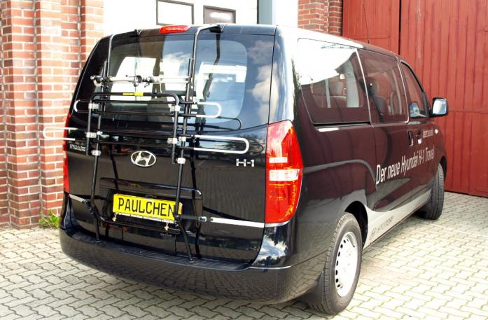 Hyundai H1 Travel (H1) Bike carrier in standby position