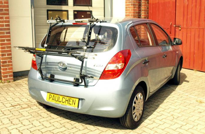 Hyundai i20 (PB) Bike carrier in loading position