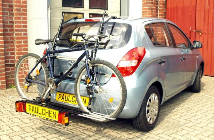 Hyundai i20 (PB) Bike carrier with comfort load extension and loaded bike. Without trailer hitch!