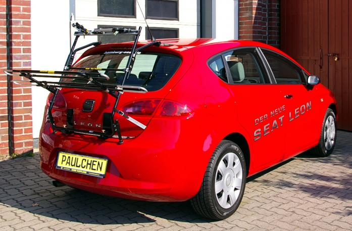 Seat Leon Bike carrier in loading position
