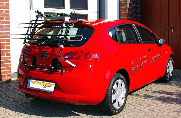 Seat Leon Bike carrier in standby position