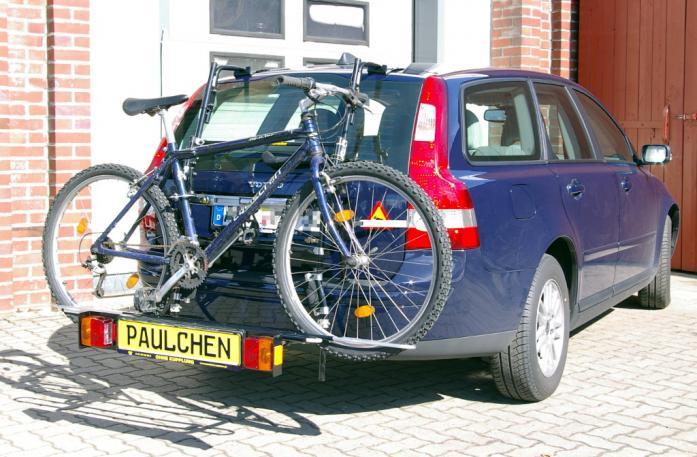 Volvo V 50 Bike carrier with comfort load extension and loaded bike. Without trailer hitch!