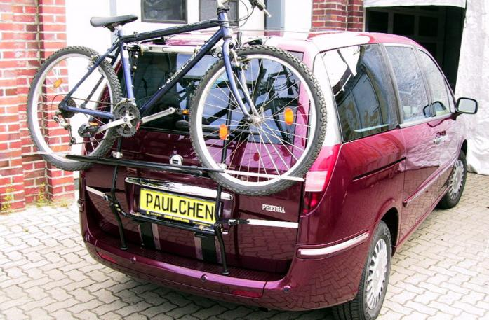 Lancia Phedra Bike carrier loaded with bike