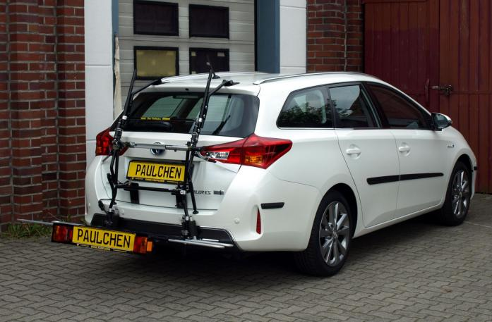Toyota Auris Touring Sports Bike carrier with comfort load extension in loading position. Without trailer hitch!