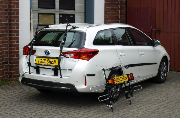 Toyota Auris Touring Sports Bike carrier with separated comfort load extension.