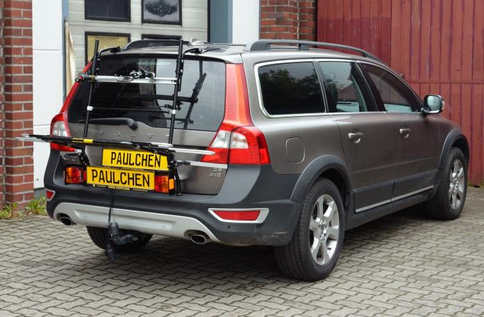 Volvo V70 III Combi / XC 70 Bike carrier with light bar in loading position