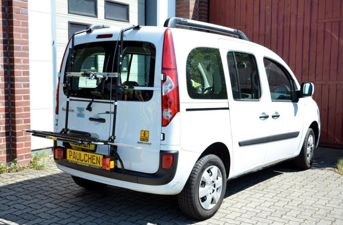 Renault Kangoo II Bike carrier with light bar in loading position