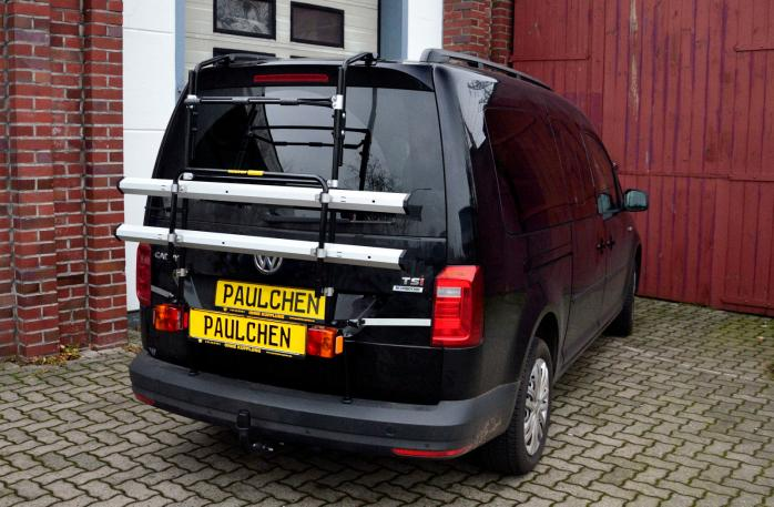 Volkswagen Caddy IV Bike carrier with light bar in standby position