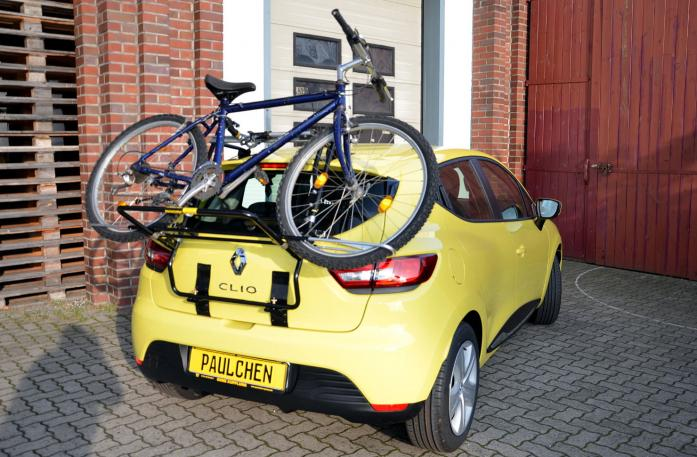 Renault Clio IV Bike carrier loaded with bike