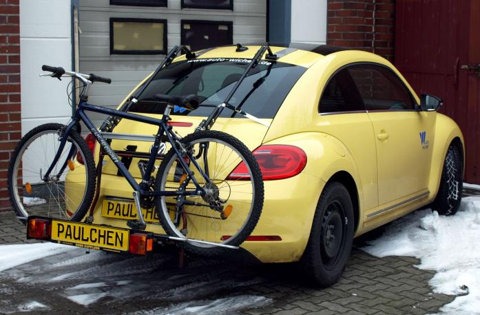 Volkswagen Beetle Bike carrier with comfort load extension and loaded bike. Without trailer hitch!