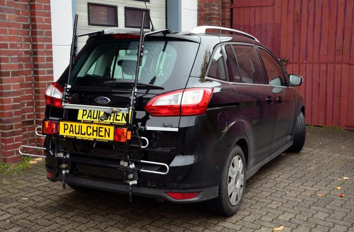 Ford Grand C-Max, Bike carrier with comfort load expansion in standby position. Without trailer hitch!