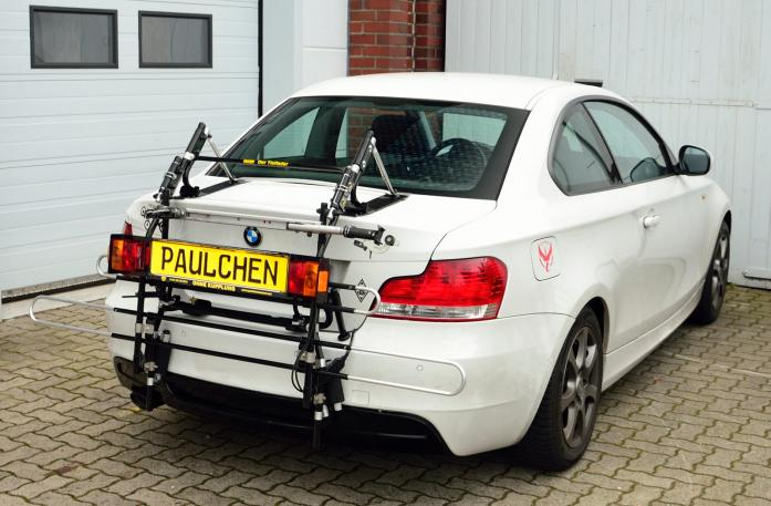 BMW 1er Coupé (E82) Bike carrier with comfort load expansion in standby position. Without trailer hitch!