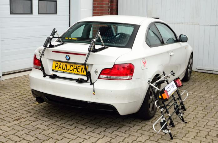 BMW 1er Coupé (E82) Bike carrier with separated comfort load expansion.
