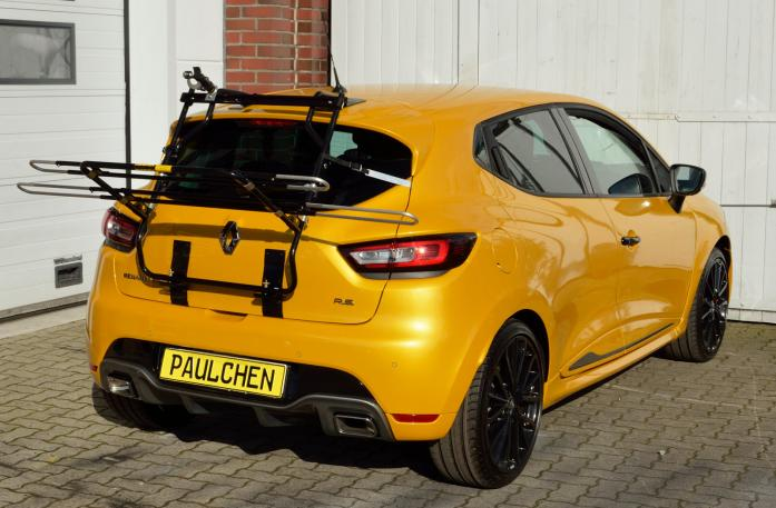 Renault Clio IV RS Bike carrier in loading position