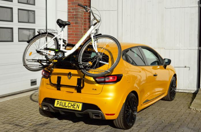 Renault Clio IV RS Bike carrier loaded with bike
