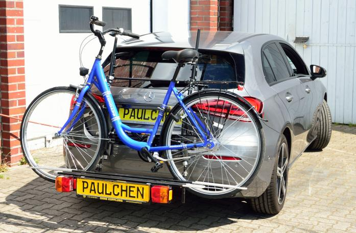 Mercedes A-Klasse (W177) Bike carrier with comfort load expansion and loaded bike. Without trailer hitch!
