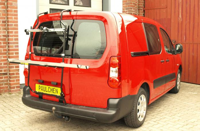 Opel Combo Cargo Bike carrier in loading position