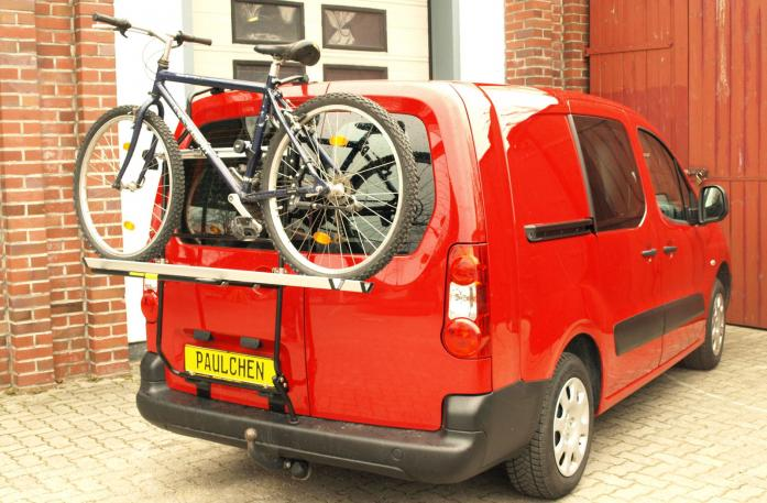 Opel Combo Cargo Bike carrier loaded with bike