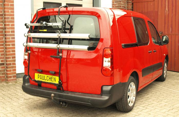 Opel Combo Cargo Bike carrier in standby position