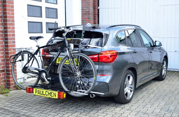 BMW X1 (F48) Bike carrier with comfort load expansion and loaded bike. Without trailer hitch!