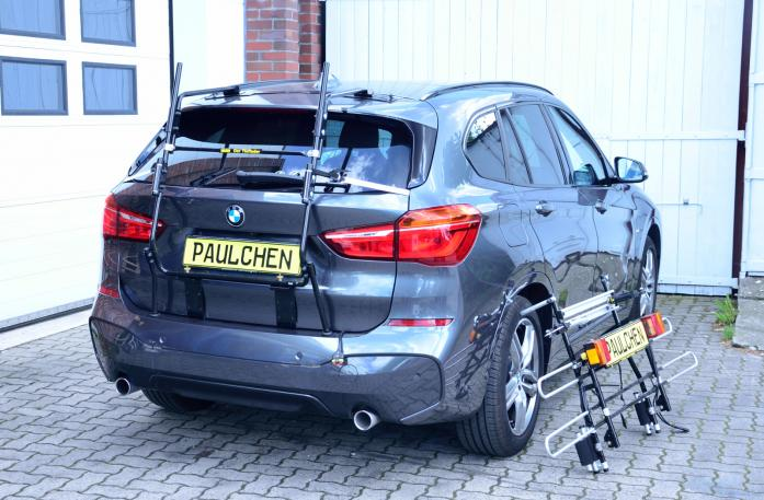 BMW X1 (F48) Bike carrier with separated comfort load expansion.