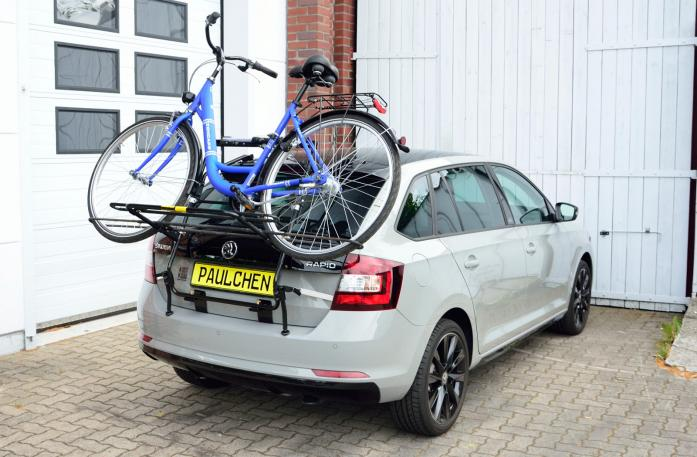 Skoda Rapid Spaceback (NH1) Bike carrier loaded with bike