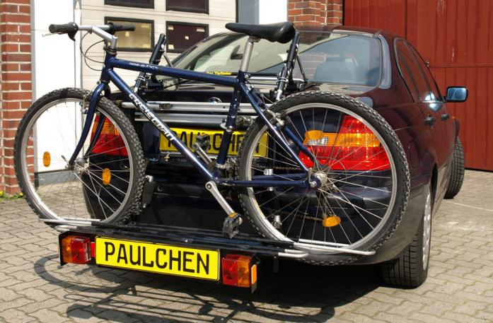 BMW 3er Stufenheck Bike carrier with comfort load extension and loaded bike. Without trailer hitch!
