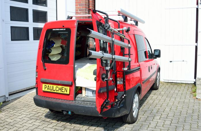 Opel Combo m. Flügeltüren Bike carrier with open tailgate and mounted carrier
