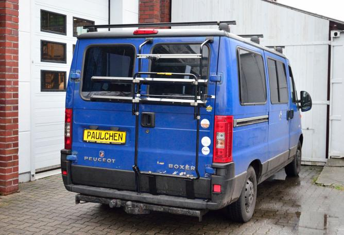 Peugeot Boxer Facelift Bike carrier in standby position