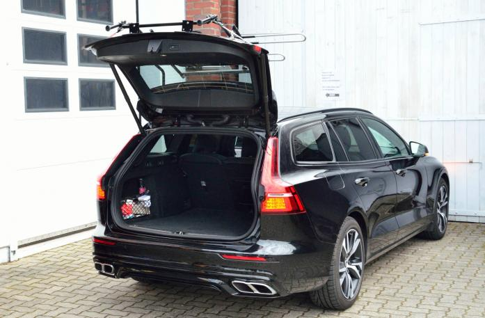 Volvo V60 Bike carrier with open tailgate and mounted carrier