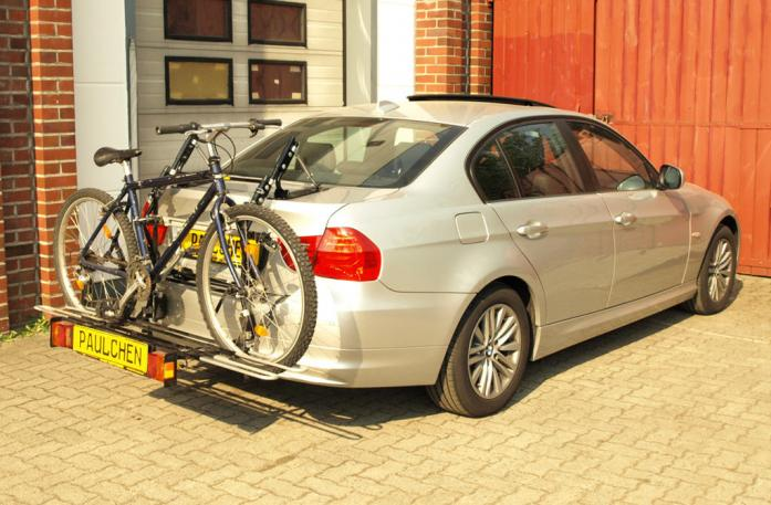 BMW 3er Stufenheck Facelift Bike carrier with comfort load extension and loaded bike. Without trailer hitch!