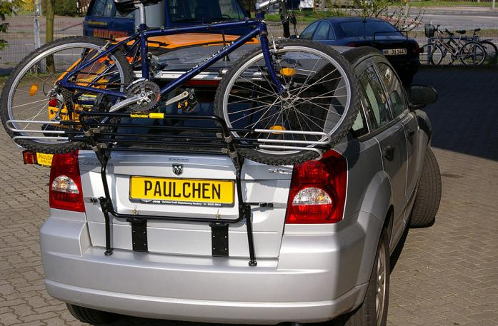 Dodge Caliber Bike carrier loaded with bike