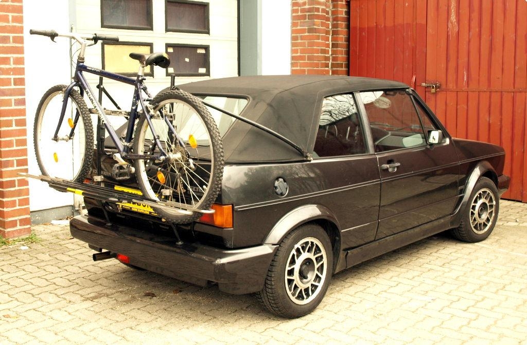 volkswagen golf i cabrio fahrradtr ger am heck. Black Bedroom Furniture Sets. Home Design Ideas