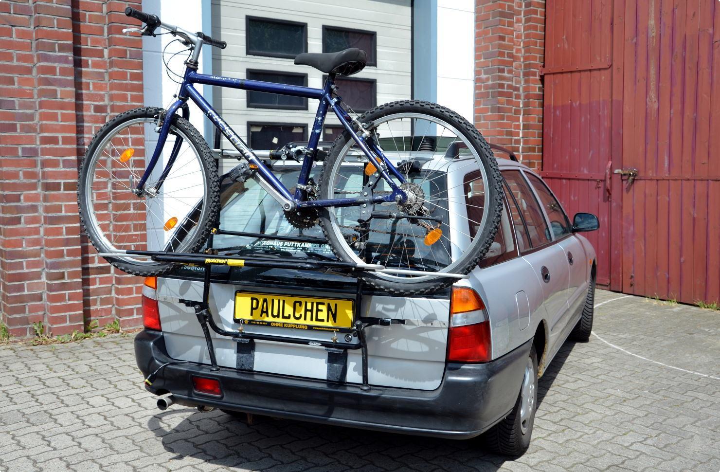 mitsubishi lancer kombi fahrradtr ger am heck paulchen hecktr ger system fahrradtr ger. Black Bedroom Furniture Sets. Home Design Ideas