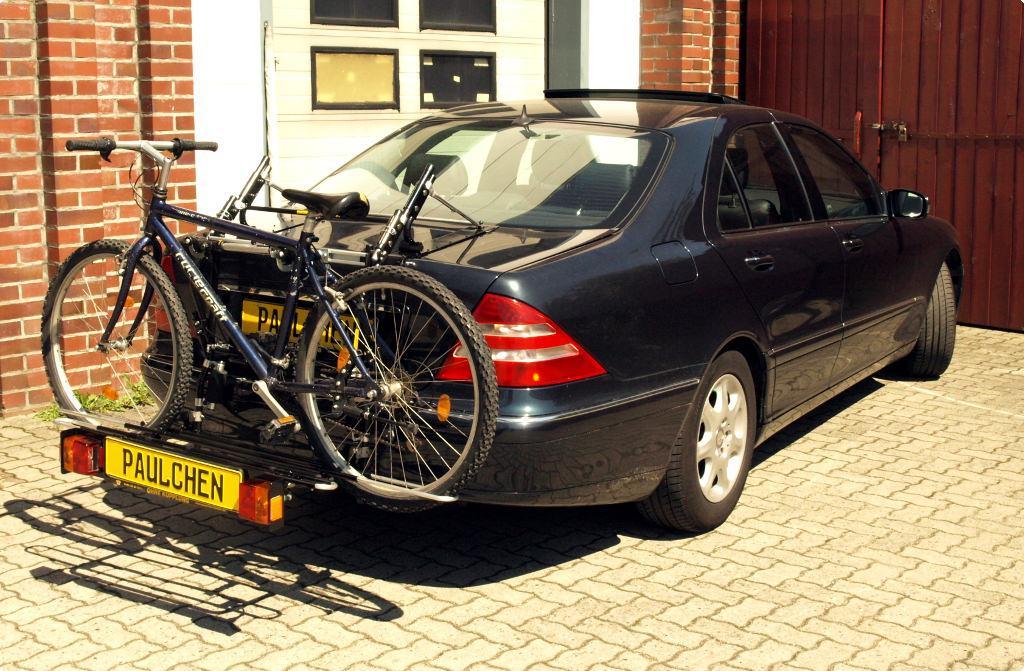 mercedes s klasse fahrradtr ger am heck paulchen. Black Bedroom Furniture Sets. Home Design Ideas