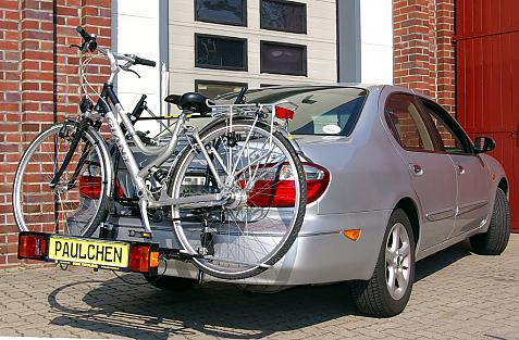 Nissan Maxima QX (A32) Bike carrier with comfort load extension and loaded bike. Without trailer hitch!
