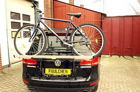 Volkswagen Touareg (7P5) Bike carrier loaded with bike