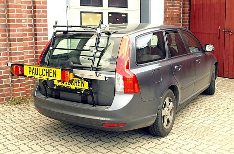 Volvo V 50 Bike carrier with light bar in loading position