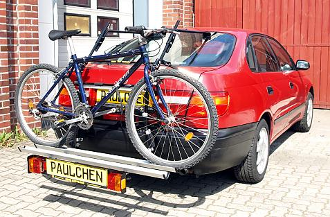 Toyota Carina E Schrägheck Bike carrier with comfort load extension and loaded bike. Without trailer hitch!