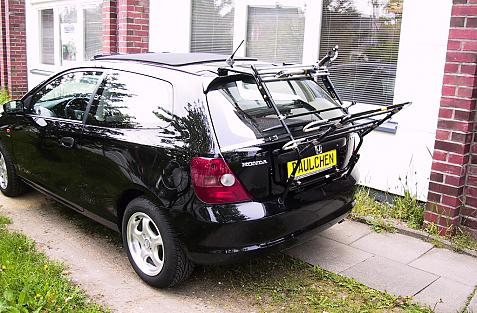 Honda Civic Bike carrier in loading position