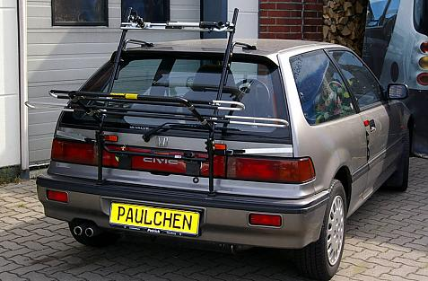 Honda Civic Steilheck (ED) Bike carrier in loading position