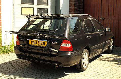 Honda Civic Aerodeck (MB9) Bike carrier in loading position