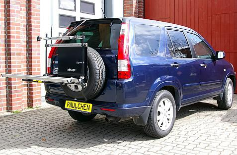 Honda CRV I Bike carrier in loading position