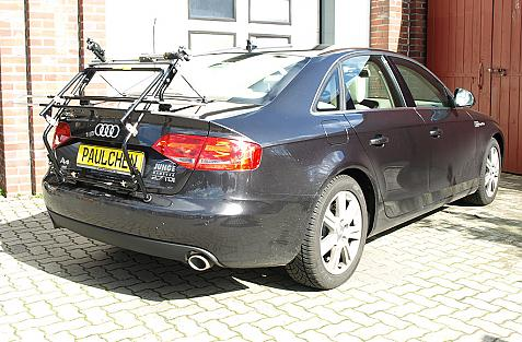 Audi A4 Stufenheck Bike carrier in standby position